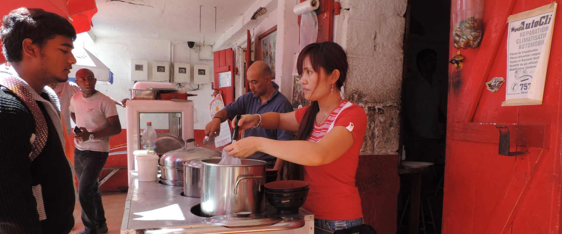 Chinese dumplings street-food Mauritius